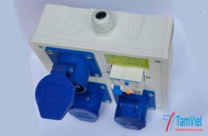 hộp nguồn nhựa thi công tiện dụng giá rẻ